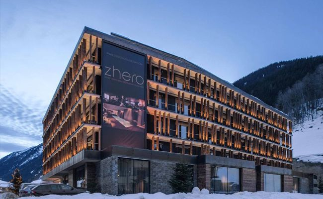 Hotel Zhero ⭐⭐⭐⭐⭐
