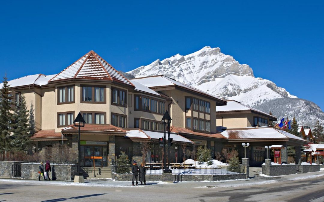 Elk and Avenue Hotel, Banff ⭐️⭐️⭐️